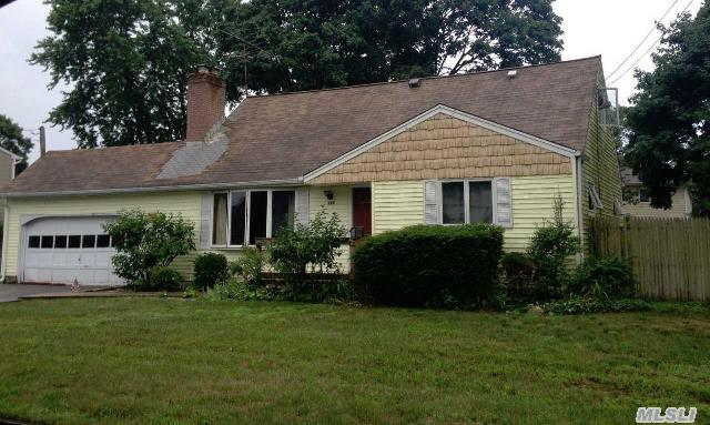 Very Large Expanded Cape - 2 Additional Rooms,  Family Room,  Sunroom Could Be Fdr,  Eik.