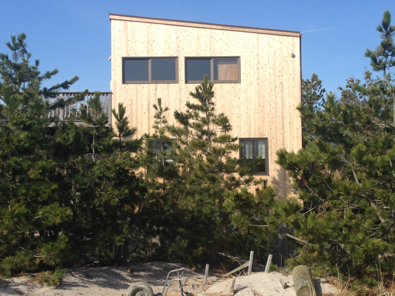 Exclusive Listing.  Quiet location on the western end of Ocean Bay Park. Enjoy phenomenal ocean views from the large open great room that opens out onto a huge second story deck. Plenty of room to gather with the whole family.  Open kitchen, living, and dining area. 2.5 bathrooms means you will never have to wait. Best of all, you're only the 4th house back from the beach!  Must see! <br> Priced to sell at $875,000<br> Current owner's flood insurance: $2,892<br> Current owner's fire insurance: $1,140