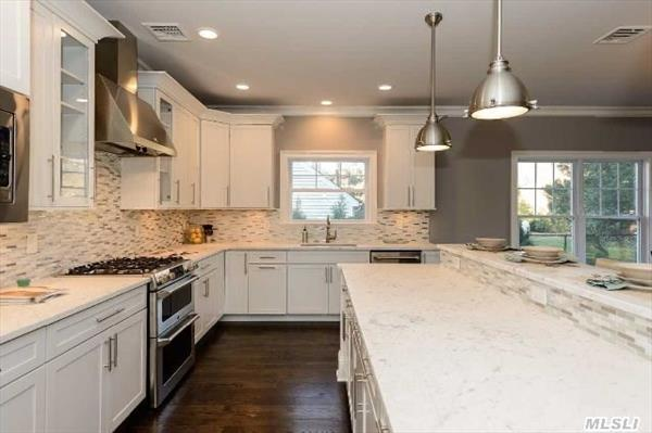 Fabulous Kitchen w/Carrera Marble Island