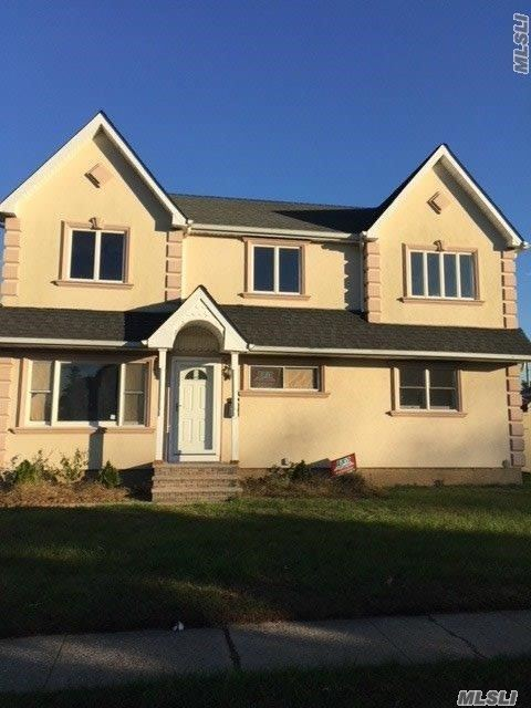 5 Bedroom 4 Bath Huge Home 3000 Sf All Brand New Kitchen Baths Floors Heating All Brand New Interior Garage And 6000 Sf Property Walking Distance To House Of Worship