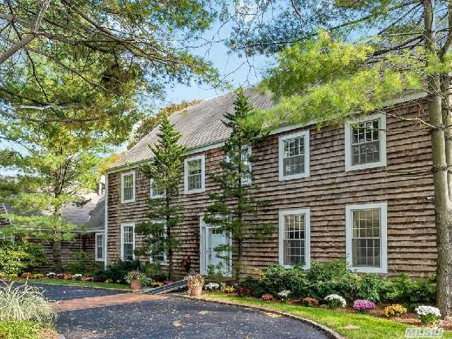 5 Br Colonial With Huge Living Space And Large Full Finished Basement. Huge Eik,  Formal Dining Room,  Lr,  Large Den With Vaulted Ceiling And Fireplace Plus Separate Maid Quarters (6th Bedroom) And Laundry Room Off Kitchen.