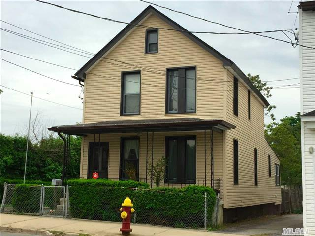 Affordable And Low Maintenance Home In A Very Convenient Location. Roof And Siding Is 4 Years Young.