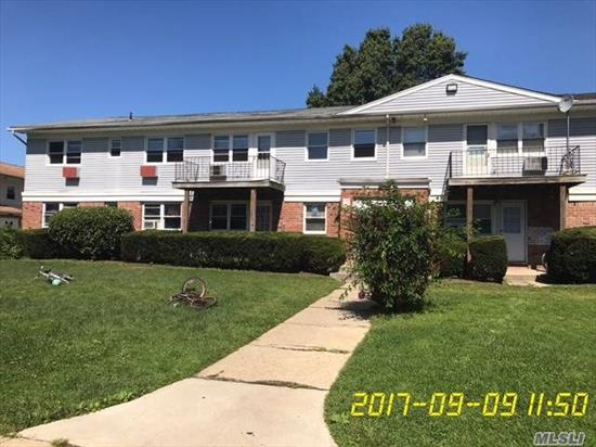 Discover The Thrill, Excitement And Glee Of Living In Lexington Village Condo Apartments. Beautiful Large 2 Bedroom Condo Unit With 1 Bathroom. Hardwood Floors Throughout, Large Combo Living/Dining Area. Lots Of Closet Space. In Need Of Light Tlc. Supper Live In. Sale Subjected To The Terms And Conditions Of An Offering Plan. Cash Only. Send Your Offer.