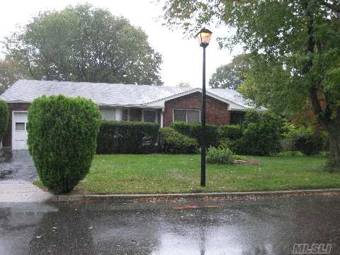 Great Potential In A Fabulous Neighborhood! Bring Your Imagination And A Checkbook. Renovate As Is Or Build Up In A Neighborhood That Would Hold The Homes Value. Sold As Is, Buyer Responsible For Contents Removal.