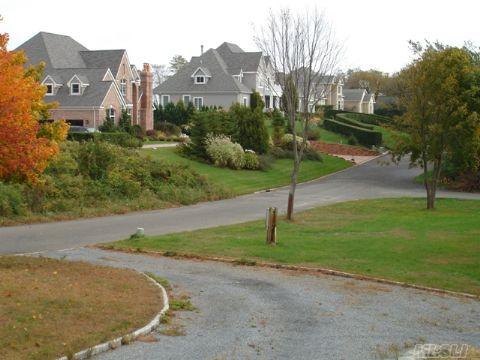 Grandview Estates: Elegant, upscale private waterfront community