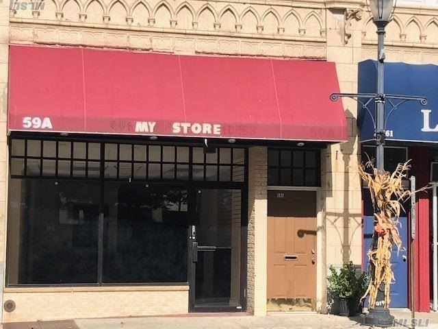 Beautiful Store Front, With Full Basement Total 2300 Sq Ft Space For Rent. Hardwood And Tile Floors, Granite Top Front Desk, 2 Separate Rooms, Front & Back Entrance, Cac, Full Basement W/Ose. Parking In The Front & Back. Landlord Pays Taxes, Water & Broker's Commission.First Month Free.