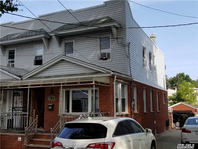 This House Is On The Border Of Brairwood And Jamaica Hills. It Is Close To Everything Nice One Of A Kind. It Has A New Hw Boiler, Siding, New Driveway, Roof Is Only 3 Years Old. Don't Miss It!!! Wont Stay Long!!!