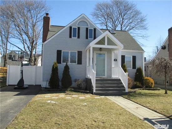 Beautiful Home W/A Bright Open Floor Plan Features 3 Brs, 2 Full Baths, New Appliances, 3/4 Finished Basement, Rear Deck, Salt Water Pool, & Much More! Only Minutes From Venetian Shores Beach, Spray And Sports Park! Convenient To Shopping, Schools, & The Lirr. Taxes W/Star $8210.
