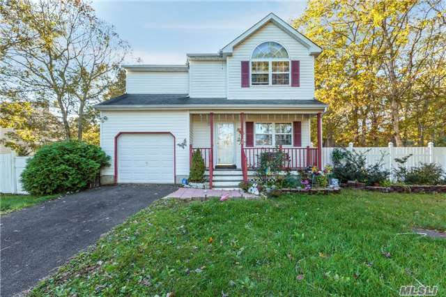 Short Sale Approved !!!!!!!!! It Won't Last. Immaculate Victorian Home Sitting On Close To An Acre And A Half Of Land!!! Seconds Away From Middle Country Rd And William Floyd Pkwy Super Convenient And Close To All! Seller Are Motivated. This House Offers Complete Comfort And Relaxation.