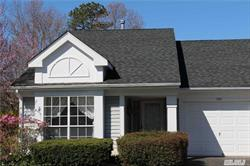 Beautiful Bristol Model In Leisure Glen. Two Bedrooms, Two Full Baths. Enjoy Your Coffee In The Sunny Morning Room.Tennis, Pool And Clubhouse. Welcome Home!
