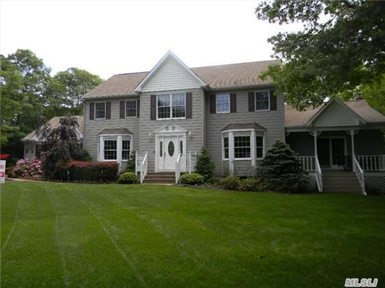 Privacy & Seclusion In Cul De Sac! Magnificent Colonial Borders Nature Preserve With Complete Privacy. Walls Of Windows!Huge Country Kit With Granite And Custom Cabinetry! State Of The Art All House Air Filtration System For Optimum Health! Mstr Suite W/2 W/I Closets, New Baths