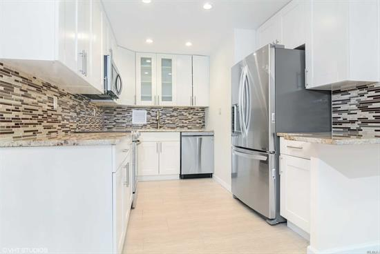 This Move-In Ready Home Is Exactly What You All Have Been Looking For - The Kitchen, Bathroom And Common Spaces Are Beautifully Renovated, Never Before Lived-In. Remodeled Kitchen W Stainless Steel Appliances. Master Br And Living Room Lead To Screened-In Terrace. Modern, Sun-Drenched, Waiting For Your Personal Touch. Le Havre Amenities Include A Fitness Center, 2 Outdoor Pools, 3 Tennis Courts, Clubhouse And Restaurant.