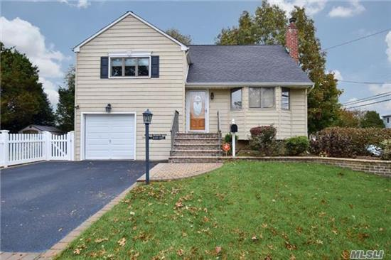 Turn Key! Beautifully Maintained Split, Including Granite Kitchen W/New Stainless Steel Appliances And Backsplash, All New Baths, Refinished Hardwood Floors, Central A/C, Fabulous Finished Basement W/Outside Entrance, Custom Front & Backyard Pavers, Igs, 1.5 Garage W/2 Car Driveway, Landscaped Park-Like Backyard. Perfect For Entertaining!