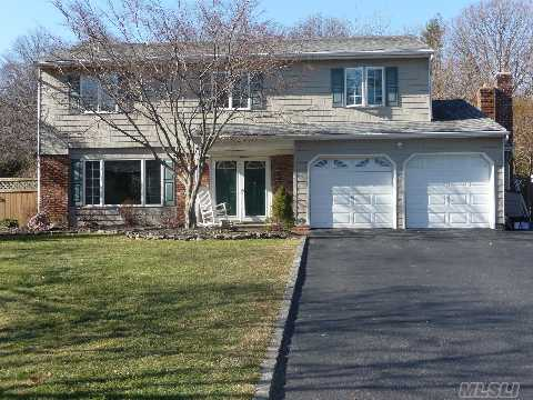 Beautiful Expanded Colonial W/Double Door Entry. Huge Custom Cherry/Granite Eat In Kitchen W/ Butlers Pantry. Large Rooms, Hw Floors, Custom Windows Overlooking 1/2Acre. Master Bath Has Radiant Heat. Cac, Cvac. Taxes W/Star  $11,965.90