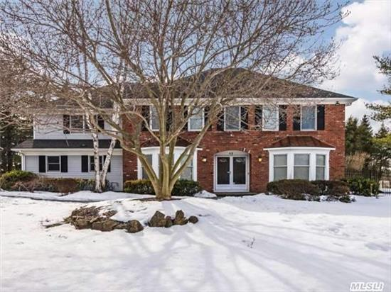 Pristine & Expanded Col With A Fresh New Look! Unique Mstrbr; Luxurious Hi-End Mstrbth W/Vaulted Ceil & Cust Walkin Closets. Updated Kit W/Cust Cab, Granite, Ss And Butler'spantry. New Gleaming Hw Floors Accented W/Neutral Shades Of Paint. Private Stairs To Bonus Rm W/ Adjoining Bth For Guests/Office. Prof Landscaped W/Specimen Plantings,  Igp, Fully Fenced&Private.Don't Miss!