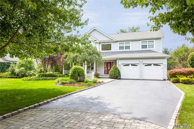 Charming Smithtown 4 Bedroom Colonial W/Cathedral Ceiling & Fp, Family Room, Eik, Living Rm, Formal Dr, Master Suite, 3 Large Bedrooms, Ground Floor Finished Basement. Park-Like Backyard With In Ground Pool