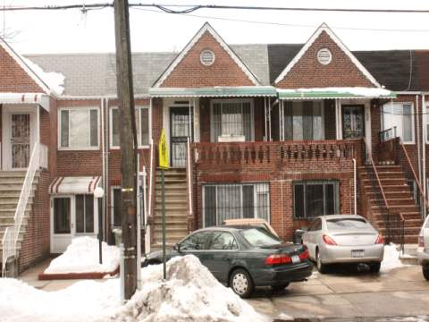 Fully Attached 2 Family Brick Home, 4 Bedrooms, 2 Full Baths, Easy To Show.Full Fin. Bsmt