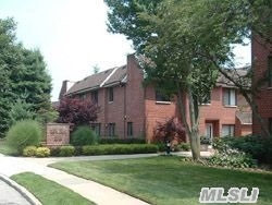 Luxury Bldg W/ 24 Hr Sec., Unique Unit- Split 2 Br, 2 Bth, Ef, Eik, Fdr, Lr, W/D In Unit, Terr, 1 Ug Garage Spot.