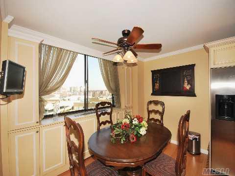Magnificent 2 Bedroom ,Beautiful Renovations,,,,Bridge View