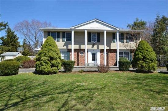 Beautifully Renovated Splanch, Large Tiled Entry With Laminated Flooring On 1st Floor, Gourmet Eik W/ Cherry Wood Cabinets, Granite/Ss, Open To Den W/ Granite Dry Bar, Hardwood Floors On 2nd And 3rd Floors, Wood Railings, 6 Panel Wood Doors, Cac, Anderson Windows , All Baths Updated. Inground Pool, .46 Acre. Circular Drive, Taxes Being Grieved And Does Not Include Star/$1185