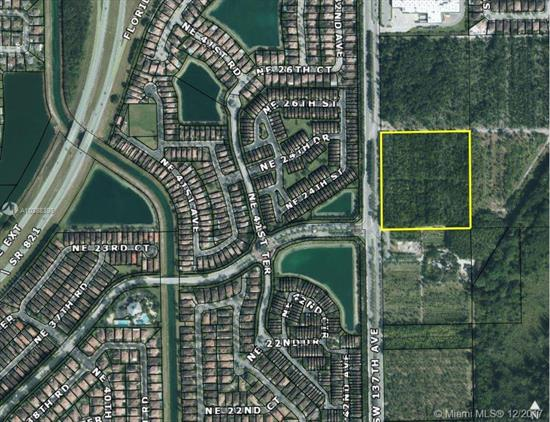 Attention Builders And Developers: 9.20 Acres M/L In Ideal Location, Fronting On Speedway Boulevard (S.W. 137 Avenue), Close To Racetrack, New Walmart, Homestead Air Reserve Base, Homestead Sports Comples And Across The Street From The Highly Successful Waterstone Residential Development, Currently Zoned Agricultural And Utilized As A Tree Farm. Miami-Dade County Master Planned As Low Density Residential-2.5 To 6 Units Per Acre-Potential To Rezone Commercial. Please Call Listing Agent For Further Details.