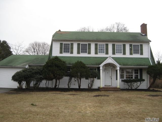 This Colonial Style Home Features 5 Bedrooms, 3 Full Baths, Huge Open Concept Living Room With Wood Burning Fireplace & Full Finished Basement With Separate Entrance. Legal Accessory Apartment With Proper Permits. Tons Of Potential. Perfect For A Large Family! This Is A Fannie Mae Homepath Property.