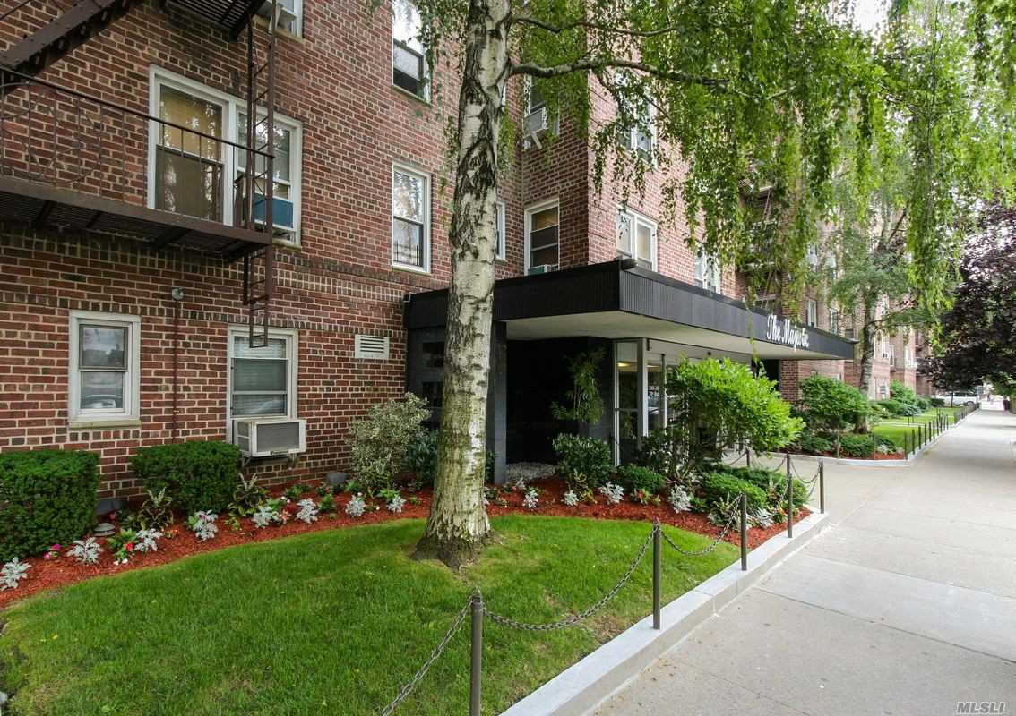 Sunny Apartment Facing 71 Ave. Features Wood Floors, Spacious Rooms. 24 Hour Doorman. Convenient To Transportation, Shops And All Amenities.