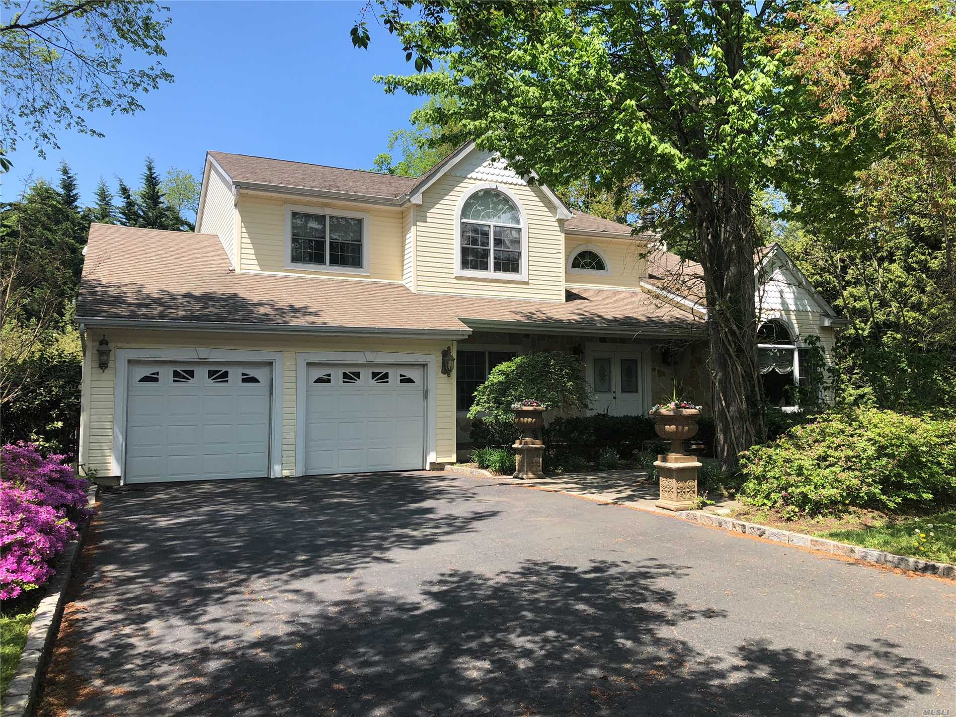 Locust Valley Custom Colonial. Perfectly Located In The Heart Of Town And Close To Shopping, Restaurants, Beaches, Etc. This Unique Home Has It All! It Encompasses A Gold Coast Lifestyle With A Very Charming And Cozy Neighborhood. Plantings And Mature Trees Set The Mood For Privacy W/An In-Ground Salt Water Heated Pool.
