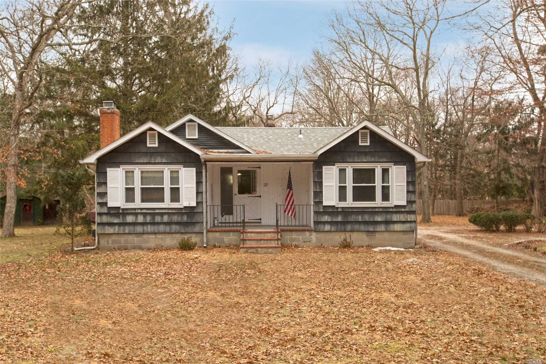 Diamond In The Rough On A Country Lane In Old Medford. So Many Possibilities In This Wonderful Home!! Cozy Living Room W/ Fireplace. Second Story Rooms In Back Of Garage With Bath. If You're Looking For A Private Location, Come See!!!