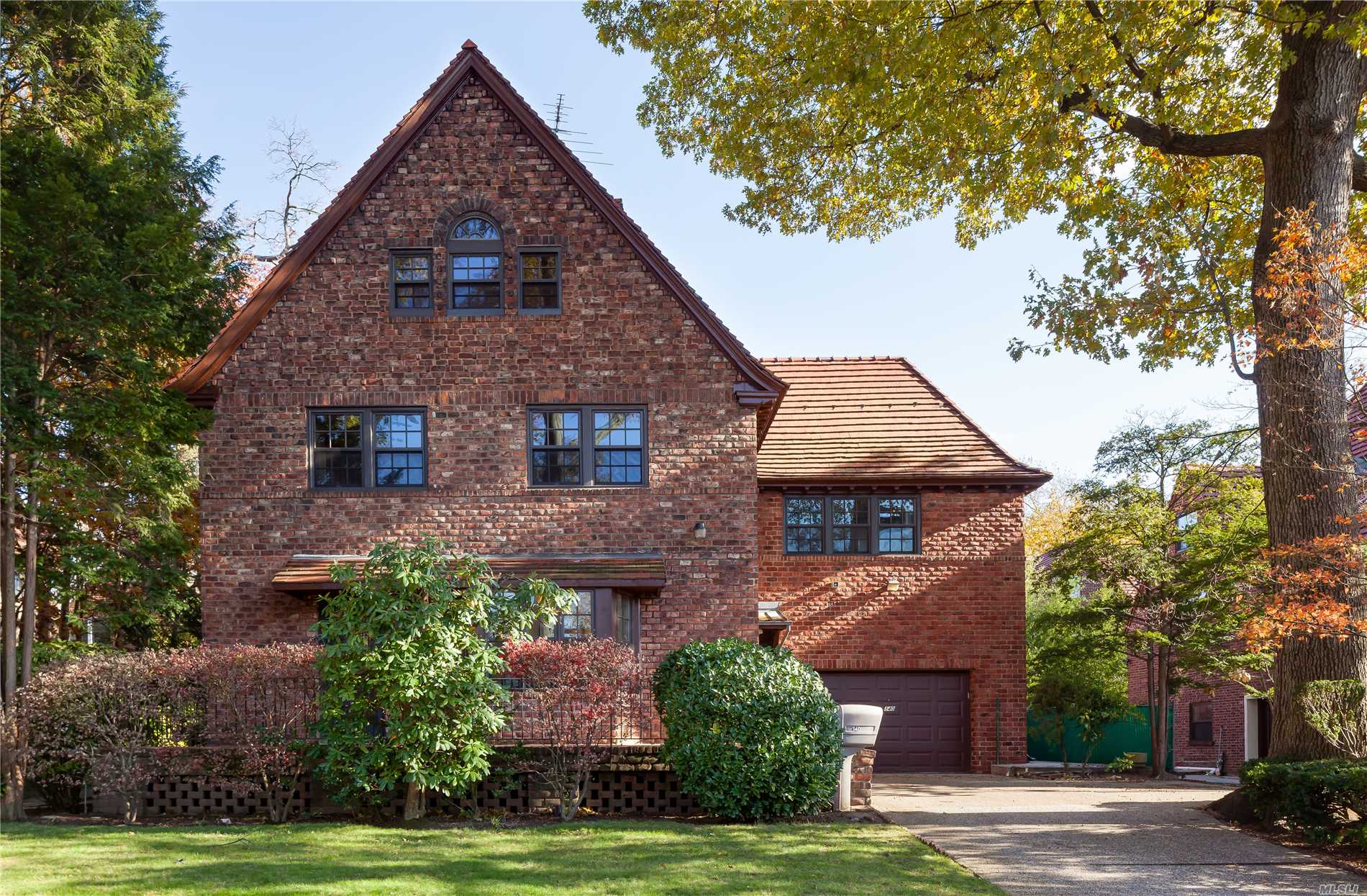 This Grand Fully Renovated Tapestry Brick Colonial Sits On A Private Over-Sized (Approx. 8500 Sf) Lot. Impressive Lr W/Wood-Burning Fpl, Formal Dining Rm, Renovated Kitchen W/Adjoining Breakfast Rm, 5 Br's, 6 Baths, Including A Luxe Master Br Suite With Fpl, Bath And Private Patio, Plus Add'l 4 Br's With A Private Guest Or Office Wing, 2nd Back Staircase, Elevator & Sauna.