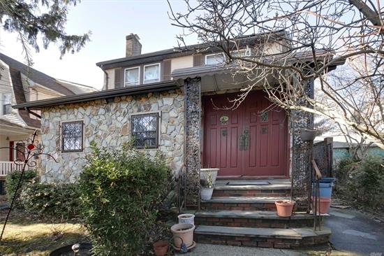 Bayside North Sidehall Colonial House Has Just Arrived ! Formal Living Rm W/Fpl & Dining Room. Beautiful Open Plan Layout ! Walk To Bell Blvd & Lirr. Best School Dist#26. Must See !