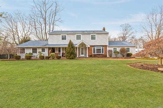 Gorgeous Trad'l Home On Spectacular Flat Acre. 5Br & 2.5 Baths (Ez To Add Add'l Full Bath). Xl Lr W/Fpl, Den W/Radiant, Fdr, Eik W/Stainless Appls, Updated Windows, Roof, Siding, Baths, Cesspool. Fenced Backyard Paradise W/Cabana. Heated (2013), Saltwater (2013), Steel Wall Igp, Paver Pool Patio. An Extraordinary Value. Npt Schools. Low Taxes! (Just $13, 232 W/Basic Star).
