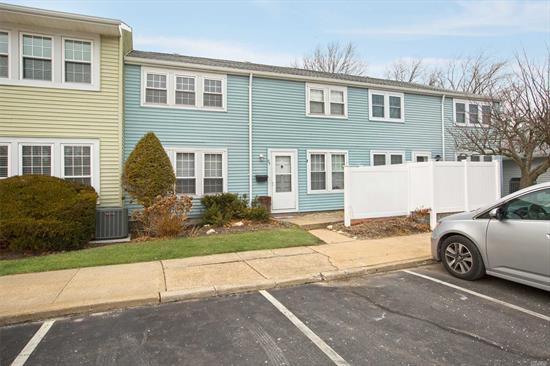 Move Right In! New Kitchen. New Floors. Spacious 2 Story Whalers Cove Townhouse.