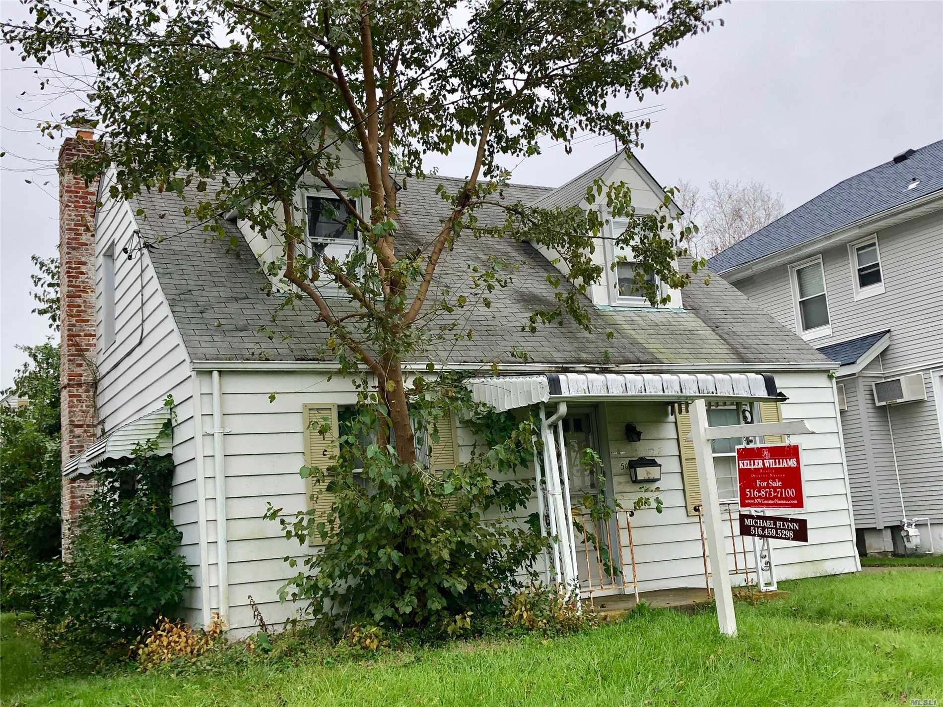 Great Opportunity To Own In Desirable Stewart Manor. Conveniently Located Near Stewart Manor And New Hyde Park Lirr Stations, & Close To All Schools And Shopping. 35 Minutes To Nyc. Property To Be Sold As-Is But Plenty Of Potential and some updates have been made! Brand New Burnham 204 water boiler and Rheem gas water heater Installed. Note Property Is Located On Stewart Ave. Between Elton Rd. And Fernwood Terr.