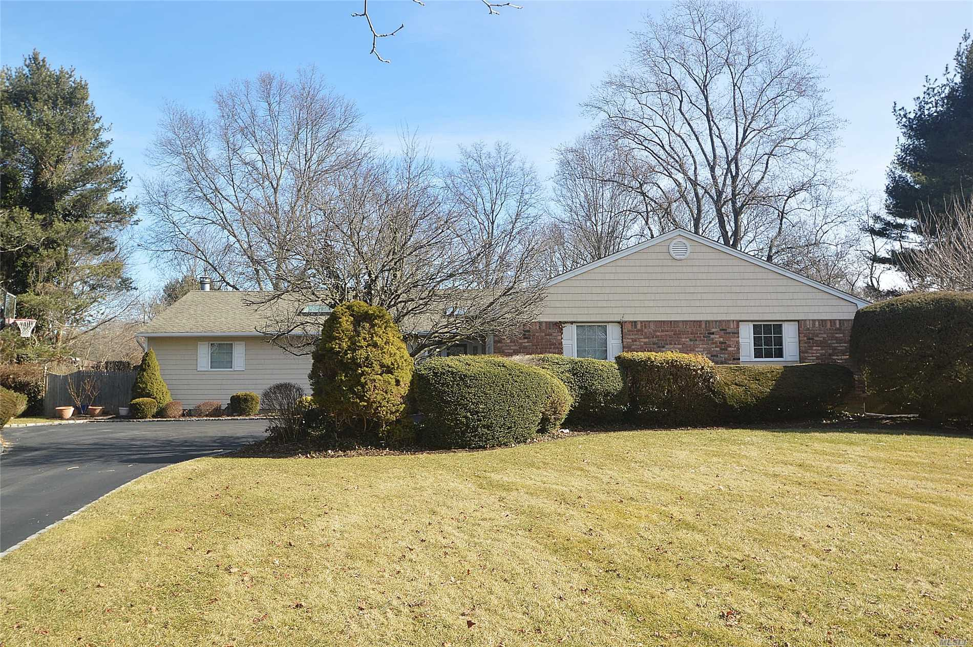 Beautiful Ranch On A Quiet Cul-De-Sac. Spacious Lr, Fdr, Fam Rm W/Raised Ceilings. Mast Suite W/Mast Bth, Huge Closet, Floor To Ceiling Windows & Sliders To Deck. Updated Eik W/Wood Cabinets, Granite Counters & Center Isle. Updated Fbth & Powder Rm. Gleaming Hrwd Flrs Thru. Fully Fenced Fabulous 1 Acre Property, Ig Pool (Sold As Is). New Cac Compressor, New Driveway.