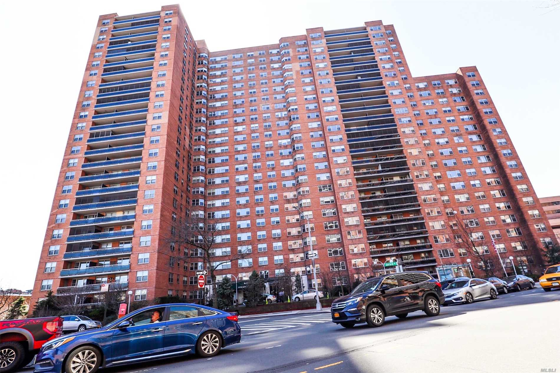 Mint Condition One Bedroom (Southern Exposure) Unit Is Located In The Heart Of Forest Hills. Walking Distance To The Subway Station E, F, M, R At Forest Hills-71 Ave Or 67 Ave, And Lirr. Close To All Major Banks, Restaurants, And Shopping Centers. The Maintainese Fee Covers Everything Except For The Electric. Gerard Towers Has 24/7 Doorman, Seasonal Heated Pool And Gym.