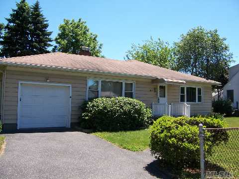 Pvrm Owner Will Entertain Offers Between $279000 And $319000. Large Ranch With Additional Bath In Bsmt In As Is Condition. Huge Room Sizes,Lr/Fpl/Heatolater, Great Yard. Minutes To Parkway And Train. A Must See For The Money.