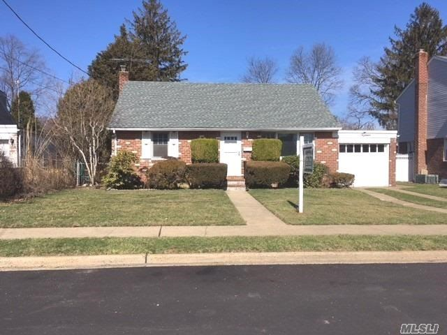 Nice Clean Updated 2Br Cape On 60X137 Property. New Kit With Corian Counters, S/S Appliance, New Roof, 200 Amp Electric, New Carpet And Just Painted. Basement And Garage.