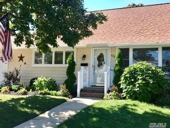 Beautiful Cape Nestled On 60X100. Renovated With Many Particulars - Heating/Cac-Hardwood Floors-Bath-Open Floor Plan-Impressive D?cor-Pella Sliders - Large Over Sized Backyard-Benjamin Moore Custom Colors Throughout. Fantastic Curb Appeal. Come See For Yourself.