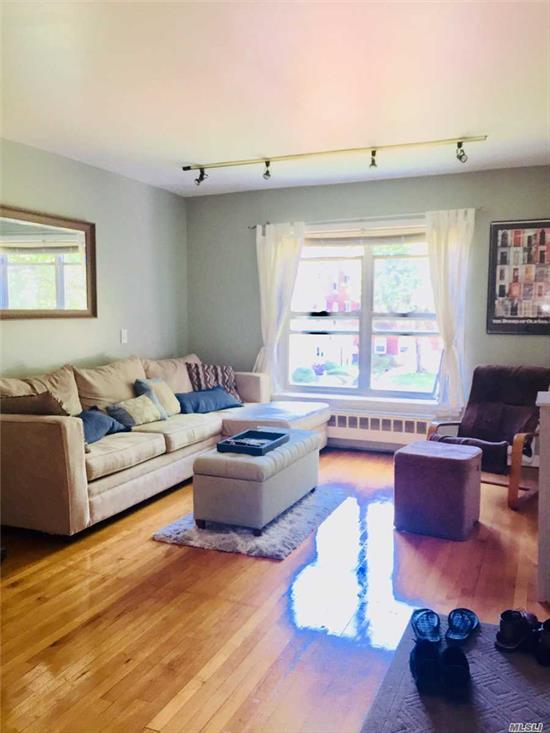 Sunny & Gorgeous 1 Bedroom Apartment. Offers Plenty Of Closets, Beautifully Manicured Garden Co-Op Complex, 10 Min To Lirr, Shopping And Restaurants. Short Walk To Laundry Room. See Photos Of Alternate Layout.