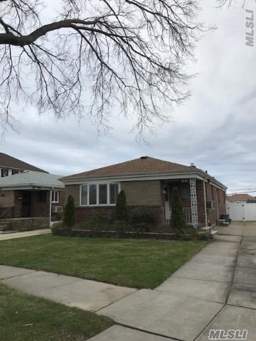 Brick Single Family Ranch In Whitestone Features 3 Bedrooms, 1.5 Bathrooms, Eat-In-Kitchen + Stainless Steel Appliances, Living Room, Dining Room, Full Finished Basement With Separate Entrance. Located In The Heart Of Whitestone With Beautiful Bridge Views! A Must See!!!