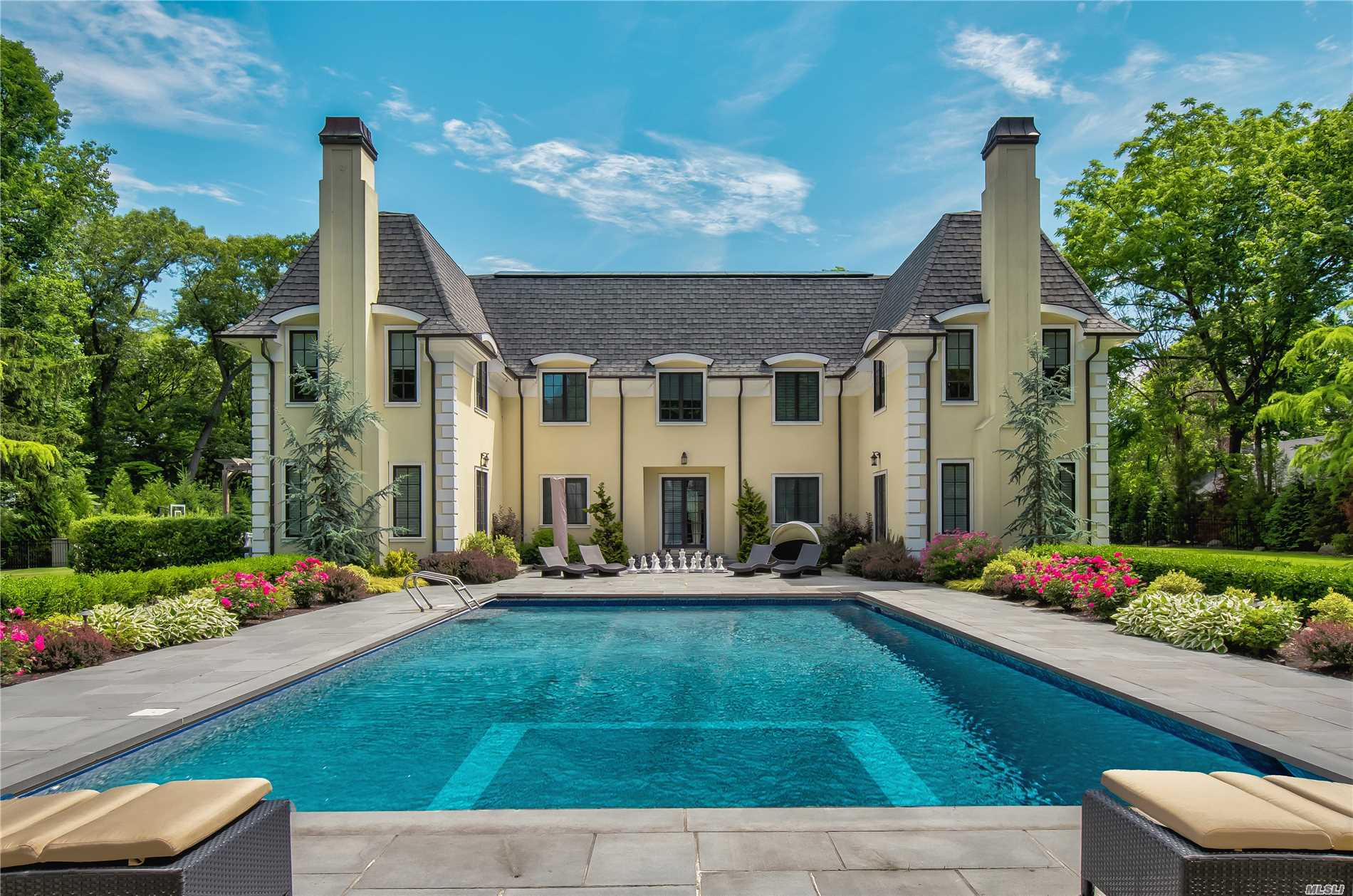 La Bastide - An Absolutely Stunning Home, Built In 2010 With The Finest Materials And Craftsmanship; Open Floor Plan Offers Easy Flow For Entertaining; Pub, Billiards Room And Movie Theatre Are One-Of-A-Kind; Pool, Poolhouse; Garage With Loft Gym; Separate Bldg Has Changing Room, Full Bath. Located In Sought-After Latt Harbor Estates With Beach, Beach House, Small Boat Mooring (Fee). A Sotheby's Masterpiece Listing.