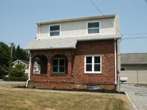 Adorable Brick Colonial, Large Rooms, New Roof,Windows,Hw Heater, Thermapane Windows,10X10 Storage Shed, Energy Efficent. Zoned Commercial/Residental