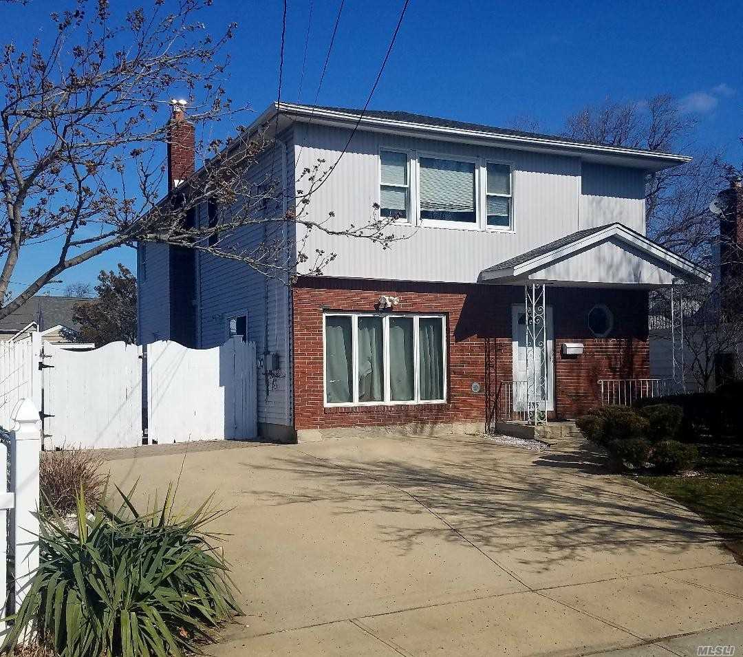 Perfect M/D With Proper Permits High Ranch 3Br Upstairs, Din, Lr, Kit, With Stainless Steel Appliances, Full Bath Very Lg. Down Stair 2 Bd, Lr, Bath, Extra Room For Eik With Permits For Mother Daughter. Has Elevation Certificate . So Much Potential For Large Or Small Family.
