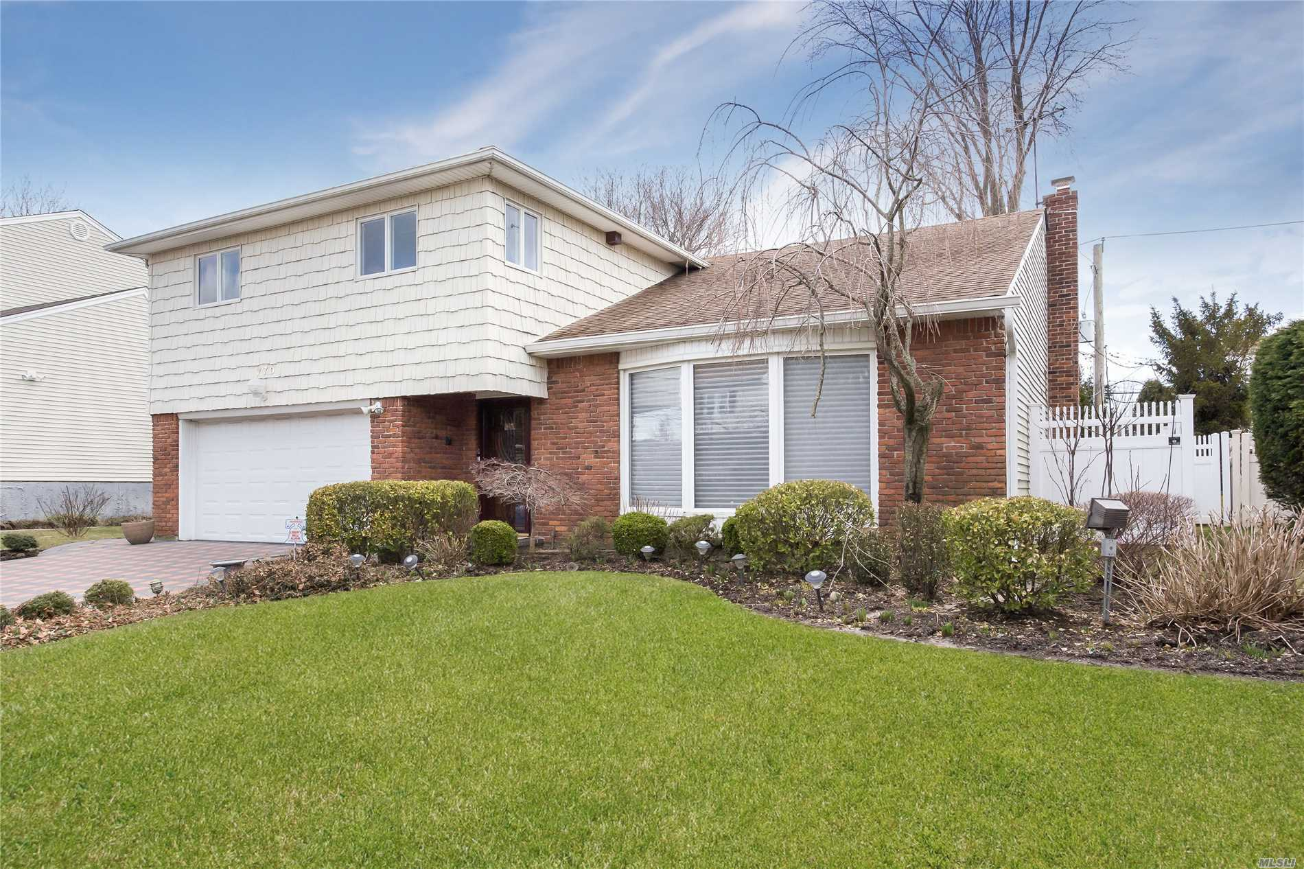 Beautifully Maintained Home On Quiet Street. Large Rooms Plus Finished Basement. Great Deck For Entertaining. Lovely Master Bedroom With Walk-In Closets Plus 3 Additional Bedrooms. Move Right In To This Wonderful Home.