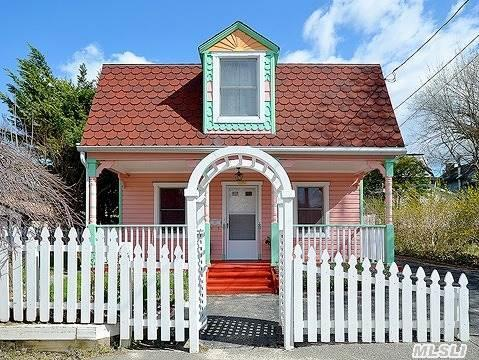Pristine And Adorable 2 Br 1.5 Bath Cottage Located On A Quiet Sea Cliff Lane.  Granny Porch,  Deck,  Outside Freshly Painted & New Wood Added,  Electrical And Plumbing Updated.  Low Taxes.  Priced To Sell!