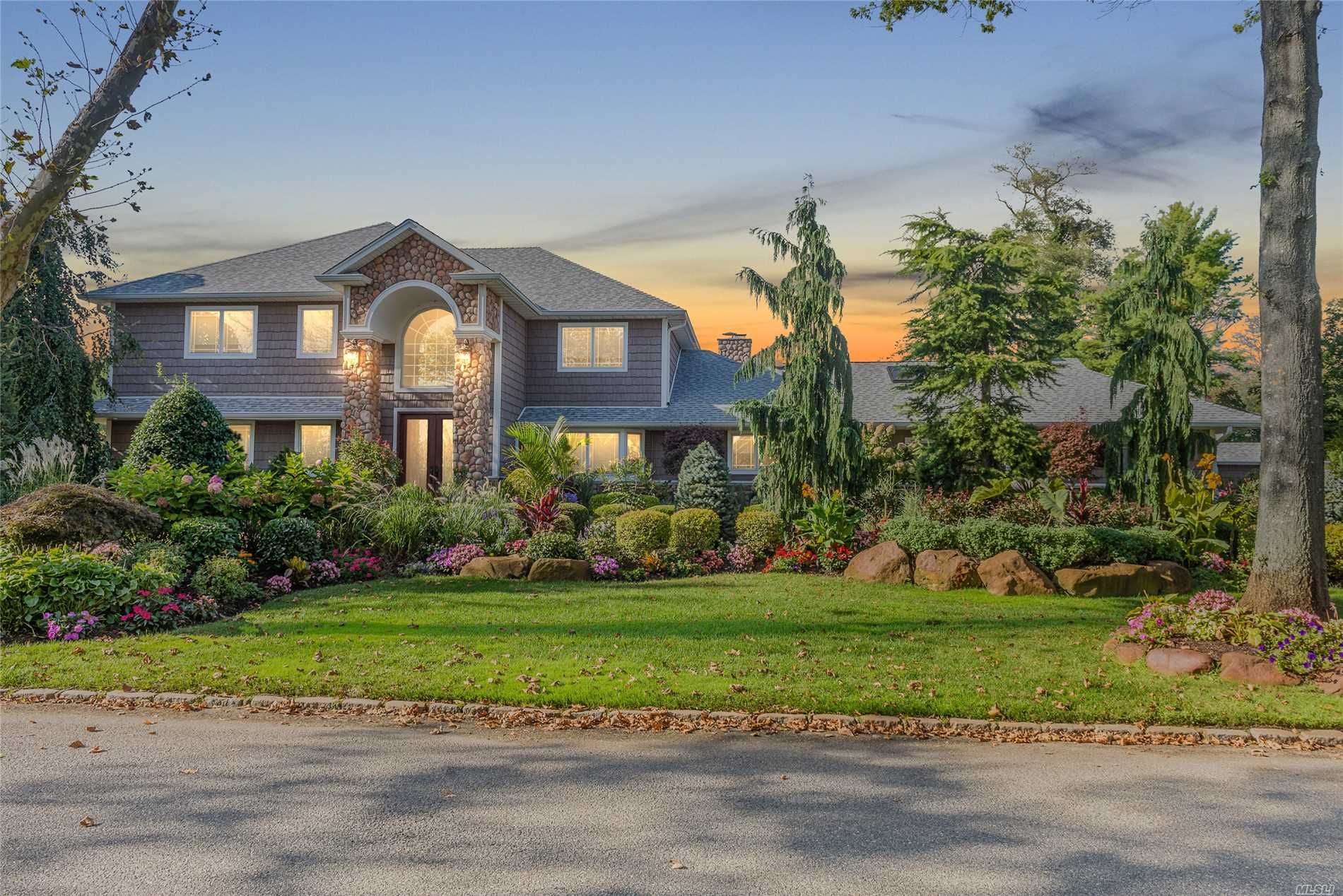 Must See This Completely Updated Expanded Ranch. Magnificent Landscaping With In Ground Heated Salt Water Pool, Cabana W/Bath And Outdoor Kitchen. Interior Features: Grand Entry With High Ceilings, Gourmet Eat In Kitchen With Island, Double Oven, 2 Sinks, Den W/Gas Fireplace, Office, Sunroom W/Skylights And Heat/Ac, Wood Floors, Radiant Heat, 2 Car Garage. Don't Miss Out!