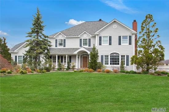 Diamond 5Br, 3.5 Bth Colonial In Oak Neck Ln Assoc. Eik, Fdr, Fr. Renovated Master Br Suite W/Sitting Area, Custom Book Cases, Fpl & Custom Closets. Master Bth Has Steam Shower. Beautiful Landscaped Yard W/Custom Bamboo Fencing. Outdoor Kit W/Sink, Bbq & Granite. Gas Fpl W/Granite Surround, Waterfall, Igp W/New Pool Filter/Pump & Liner. New Outdoor Spa, Outside Shower.