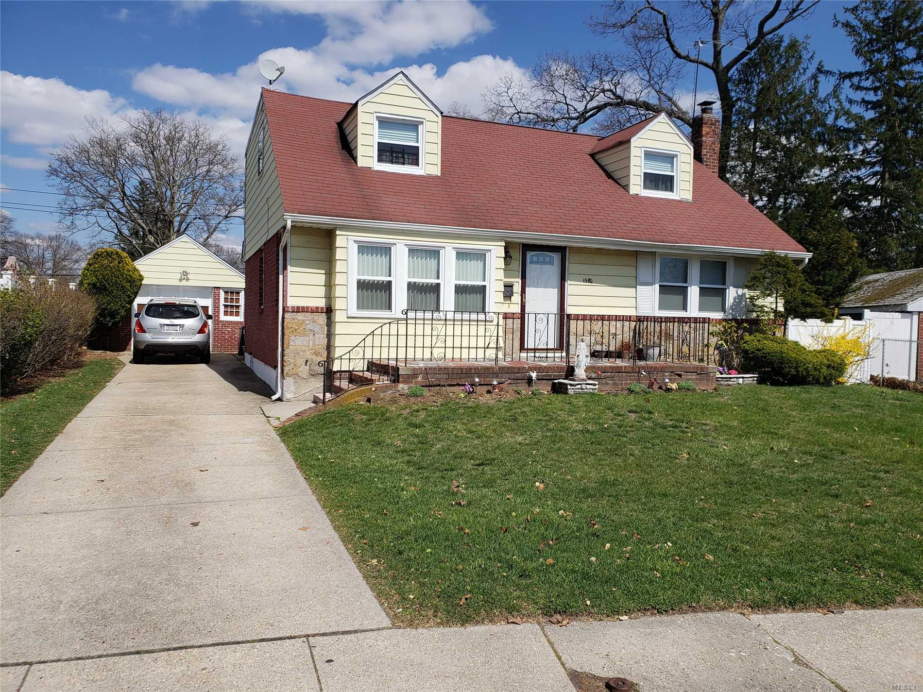 Very Spacious And Expanded Cape With Rear Dormer! Huge Yard, 1 Car Gar Det, Four Bedrooms And Two Baths Above Grade With 2 Additional Bedrooms And Bathroom In The Full Finished Basement. Lots Of Space And Great Layout! Must See Backyard With Room For A Pool!