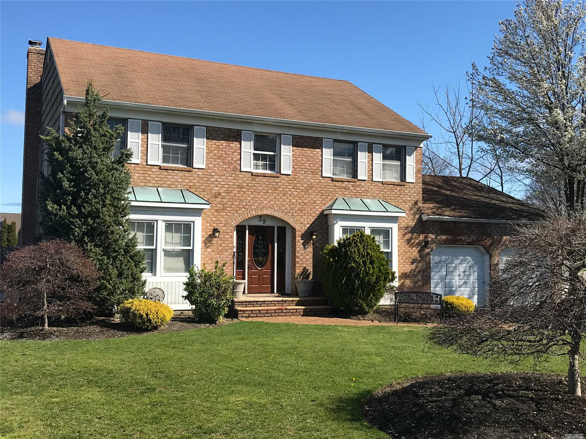 Rare Find-Has Very Large Full Basement In Sought After County Woods Builders Largest Brick Faced Estate Model. This Very Spacious Center Hall Colonial Is Set On A Mid Block Tree Lined Street. Features A Very Large Master Suite W/Full Large /Deluxe Size Master Bathroom Inc. Soaking Tub, Separate Shower, Dual Sinks And Large His & Her Closets & Large Bedrooms. In-Ground Pool, Fenced Usable Private Property And More. Priced To Sell!